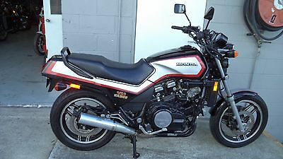 HONDA Sabre V4, 1100cc excellent condition