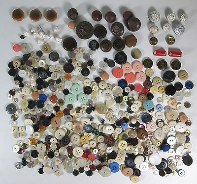 Mixed Lot of Buttons Over 1/2 Pound of Various Types and Materials Vintage Lot 4