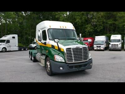 2012 Freightliner Cascadia Mid Roof Sleeper with 6 Month National Warranty