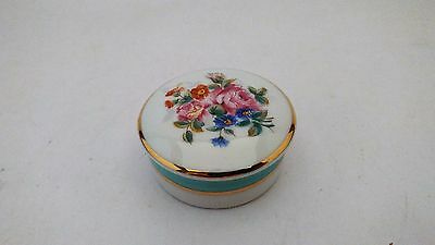 Limoges France Porcelaine Small Floral Pill Box / Jewelry / Trinket