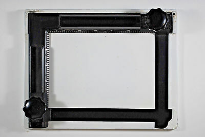 Made in Japan  ADJUSTABLE 5X7 Photographic Darkroom 2 Bladed PRINT EASEL