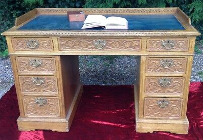 Victorian Oak Carved Knee Hole Desk. Country House . Study