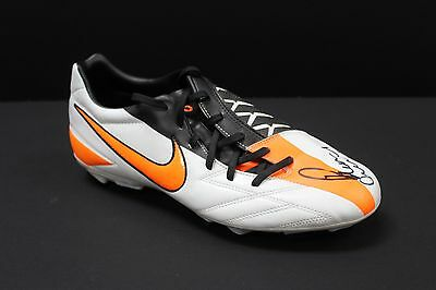 Paul Scholes Hand Signed White Size 9 Nike Football Boot