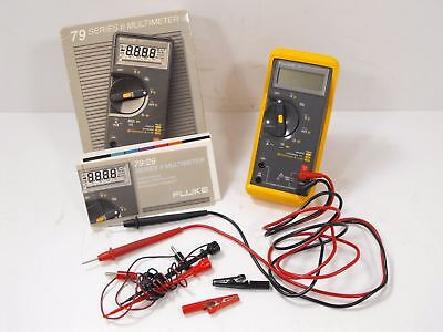 Fluke Model 79 Series II Multimeter w/ Orig Box, Manual, Probe Set (Powers On)