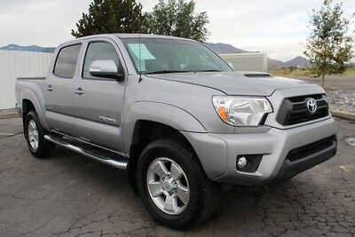 2014 Toyota Tacoma Double Cab V6 4WD 2014 Toyota Tacoma Double Cab 4WD V6 Damaged Salvage Only 30K Mi Export Welcome!