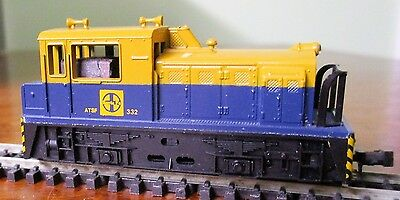 Santa Fe Diesel Switcher Locomotive by Lima of Italy - Boxed & working- N or HOe