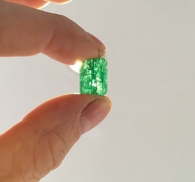 10.55ct Green Emerald with GGL Certificate of Authenticity $3,400 value