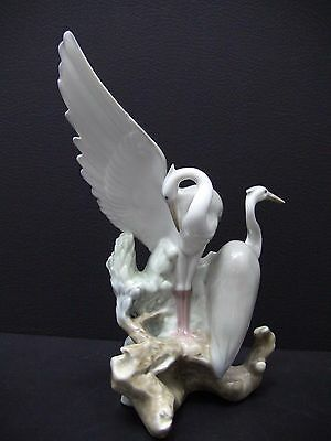Nao by Lladro RESTING HERONS # 0045 Figurine