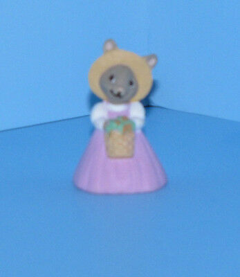 Hallmark Merry Miniatures 1991 Mother Bunny Easter Mini