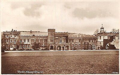 POSTCARD    SOMERSET    CHARD   Forde  Abbey