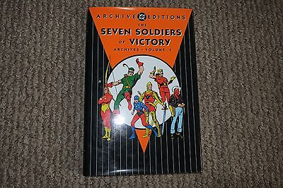 DC ARCHIVE EDITIONS - THE SEVEN SOLDIERS OF VICTORY - Vol. 1 - Great Condition