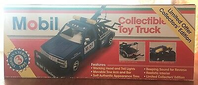 NIB 1995 MOBIL COLLECTIBLE TOY TOW TRUCK 3rd SERIES 1:24 SCALE- ORIGINAL BOX