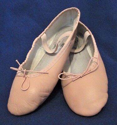 American Ballet Theater Spotlight Girls' Pink Leather Ballet Shoes 2.5 WORN ONCE