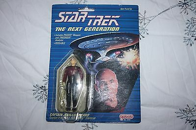 Star Trek The Next Generation - Galoob Vintage Action Figure - Picard - Carded