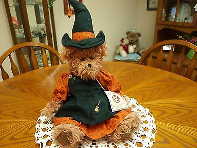 Boyds Witchy-Boo Halloween Bear From Boyds Best Dressed Series
