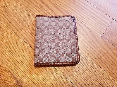 Coach Small Credit Card Or Id Holder License Or Pictures