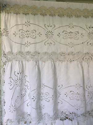 Antique Bedspread Coverlet Hand Embroidered Richelieu Bobbin Lace Linen Damages.