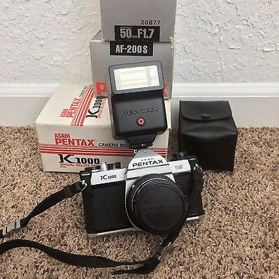 Pentax K1000 35mm SLR Film Camera with 50 mm F/1.7 Lens and Flash Kit
