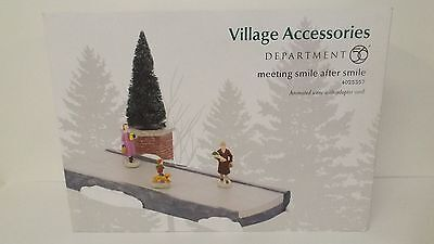 Dept 56 Village Accessories Meeting Smile After Smile 4025357 New MIB Animated