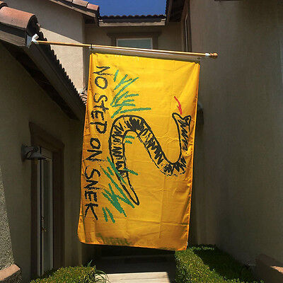 No Step On Snek Letter Flag Creative Funny 3x5 Feet Yellow Banner Flag Hot Sale