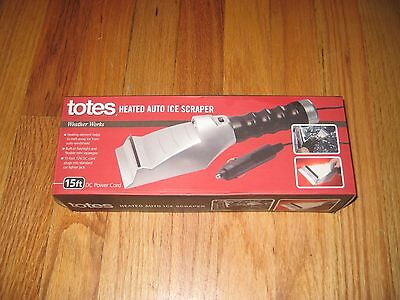 TOTES Heated Auto Car Ice Scraper With Built In Flashlight, 12V.