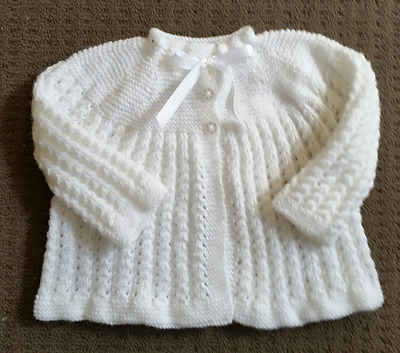 Pretty 3ply White H/Knitted Matinee Jacket. 000 NEW