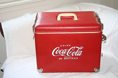 Vintage vinyl coca cola cooler in wonderful condition for its age!