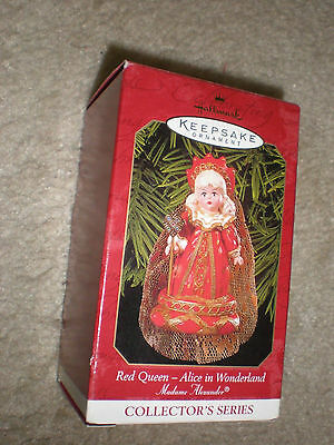 New in Box Hallmark Madame Alexander Series - Red Queen, #4 in series dated 1999