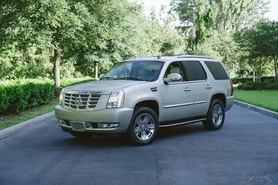 2007 Cadillac Escalade OUTSTANDING TEXAS AWD GOLD MIST OUTSTANDING LOW MILE AWD TEXAS NO RUST CLEAN NO ACCIDENT CARFAX