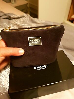 trousse maquillage chanel