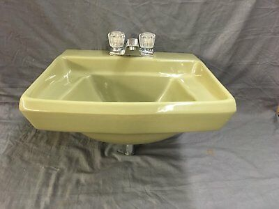 Vintage Olive Green Ceramic Bathroom Sink Old Bath Lavatory Plumbing 568-17E
