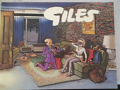 GILES COMIC BOOK (DAILY EXPRESS PUBLICATION) No.26. 1972  ,UNCLIPPED