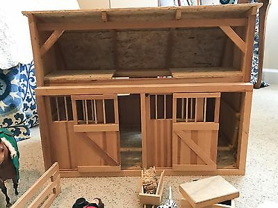 Large 2 Stall Breyer Horse Barn Sliding Doors W/Accessories - Great Condition