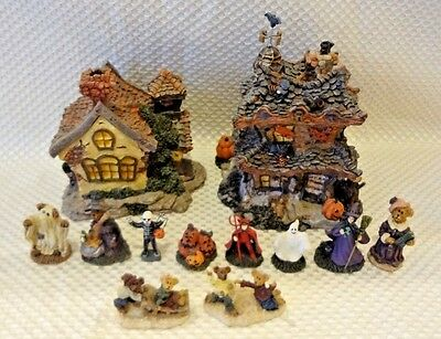 Boyds Bears Boyds Town Village Haunted Halloween House / School / Figurine Lot