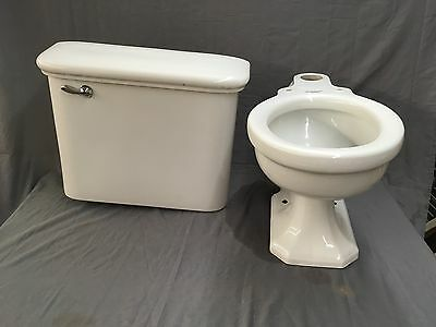 Vintage Ceramic White Standard Complete Toilet Wall Mount Tank Lid Bowl 574-17E
