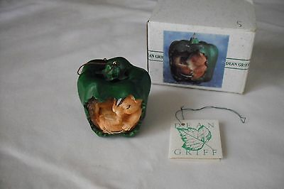 "Charming Tails Silvestri ""Picking Peppers""... ornament... signed"