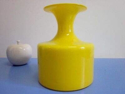 Holmegaard glass vase Serie Carnaby yellow Michael Bang Design 1968 Denmark
