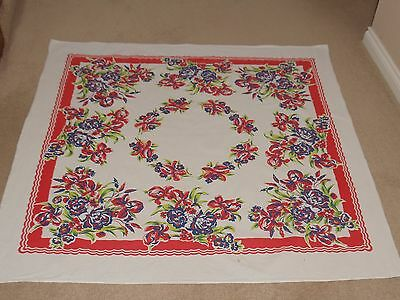 Vintage Small Tablecloth   Flowers