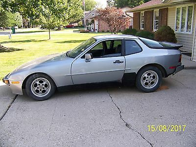 1986 Porsche 944 2 DOOR COUPE 1986 Porsche 944 2 door coupe 2S 2.5L