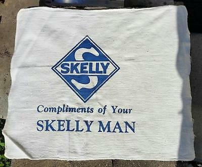 RARE VINTAGE 1950-60's SKELLY GAS and OIL SHOP TOWEL COMPLIMENTS of SKELLY MAN