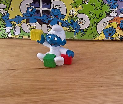 Vintage Smurf Smurfs Schleich BABY with BLOCKS 1985 So Cute