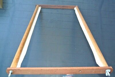 """PORTABLE Medium 24"""" Tapestry FRAME GR8 4 Cross Stitch- Embroidery-Rug Making"""