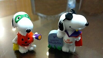 Snoopy Peanuts Halloween Rubber Figures United Feature