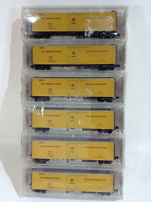 BRAND NEW Micro Trains N Scale Fruit Growers Express # 69022