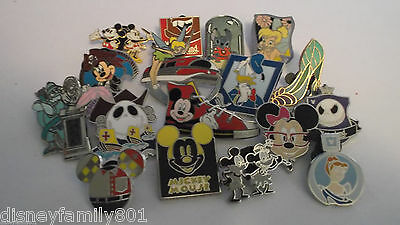 Lot of 25 Disney Trading Pins**Great Selection**No Doubles**Free Shipping**K10