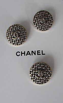 CHANEL CC 3 Metal Gold tone embossed replacement buttons/ Sz 22mm