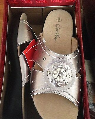 Payless Shoes Size 10 Grosby Gold Metallic Pewter Casual Sandals Wedges