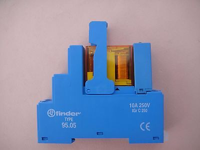 FINDER 95.05 DIN rail relay housing with 24v AC relay No 2