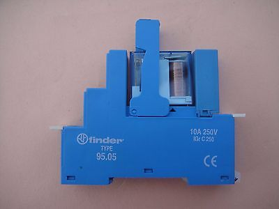 FINDER 95.05 DIN rail relay housing with 12v DC relay