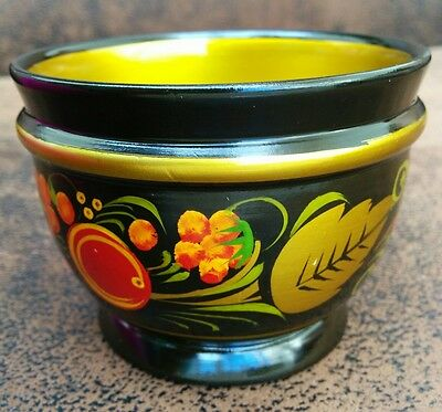 Russian Khohloma - small bowl for condiments, seasoning, spices, tapas
